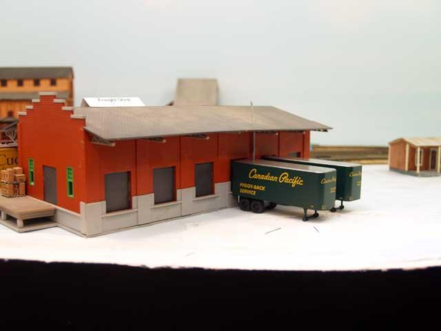 2007-12-30-freightshed-1.jpg
